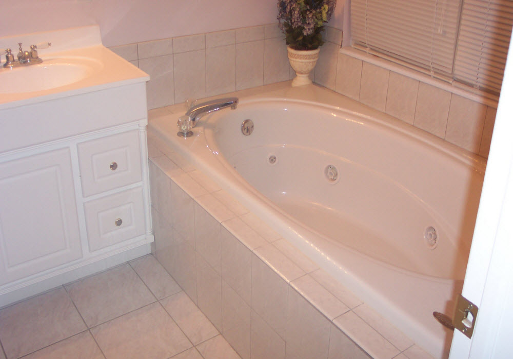 Bathrooms home remodeling dayton ohio for Bathroom design kettering