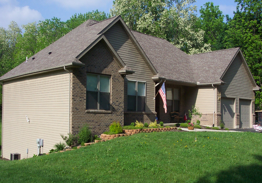 Siding and Installation Contractor in Dayton Ohio, by M & M Home Remodeling & Construction