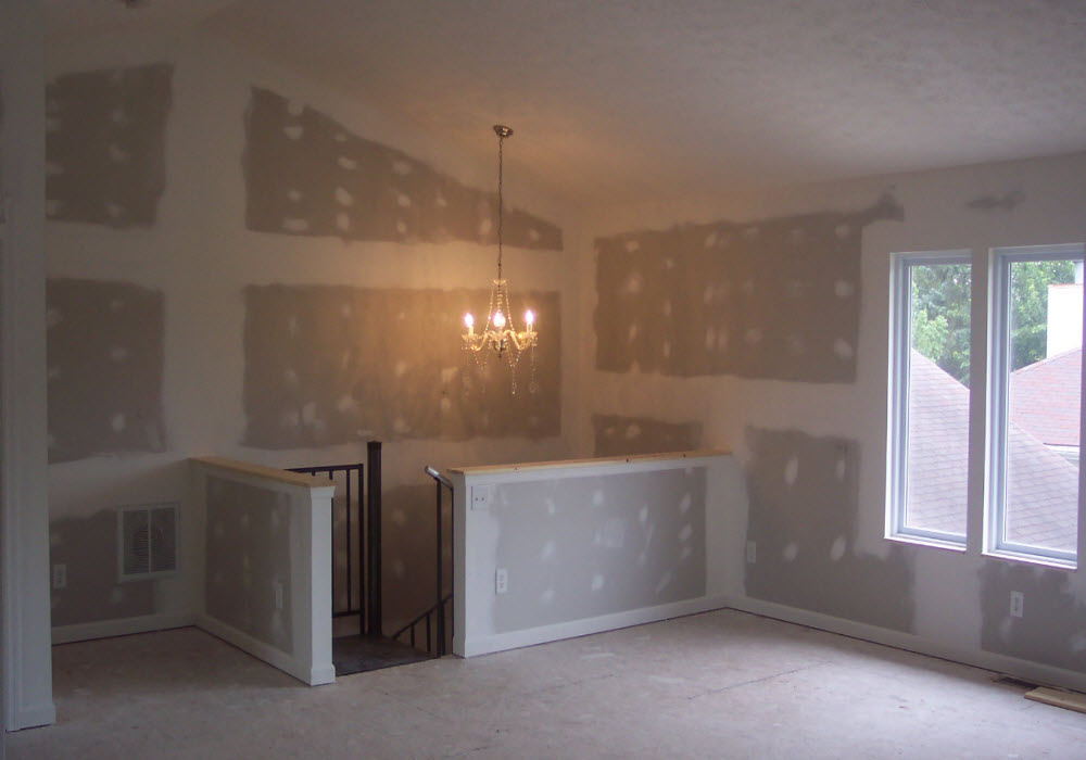 Finish & Trim Carpenter in Dayton Ohio by M & M Home Remodeling & Construction